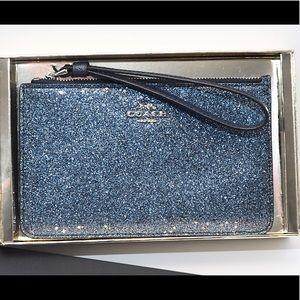 🌺 COACH Star Glitter Small Wristlet -  Blue